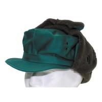 Австрийская зимняя шапка зелёная