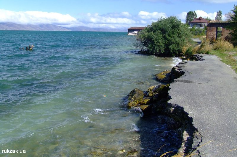 Берег озера Севан, Армения