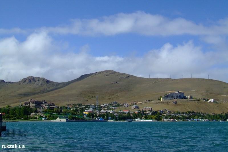 Окрестности города Севан, Армения
