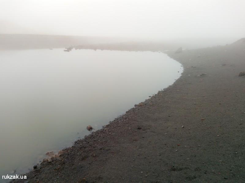 Озеро Акна на Гегамском хребте, Армения
