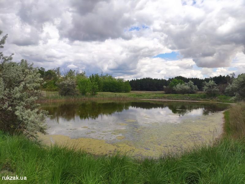 Озеро в с.Костогрызово. Осенью оно полностью пересыхает